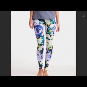NWOT Aerie hi rise floral leggings 🌼🌸
